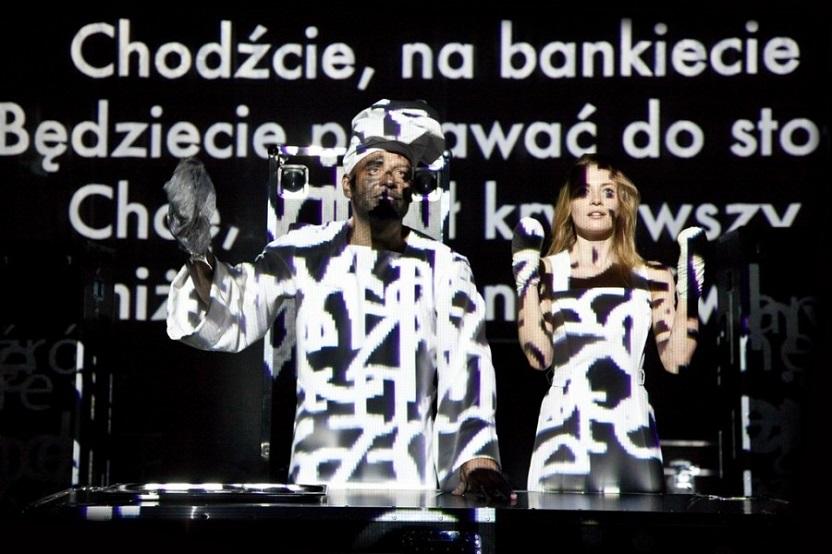titus-andronicus-jan-klata-teatr-polski-fot-natalia-kabanow-006-900x600