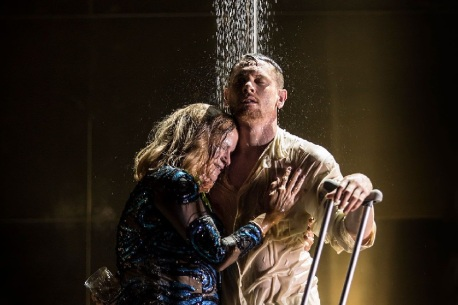 Cat on a Hot Tin Roof / Apollo Theatre, London (2)