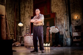 Red | Noel Coward Theatre, London